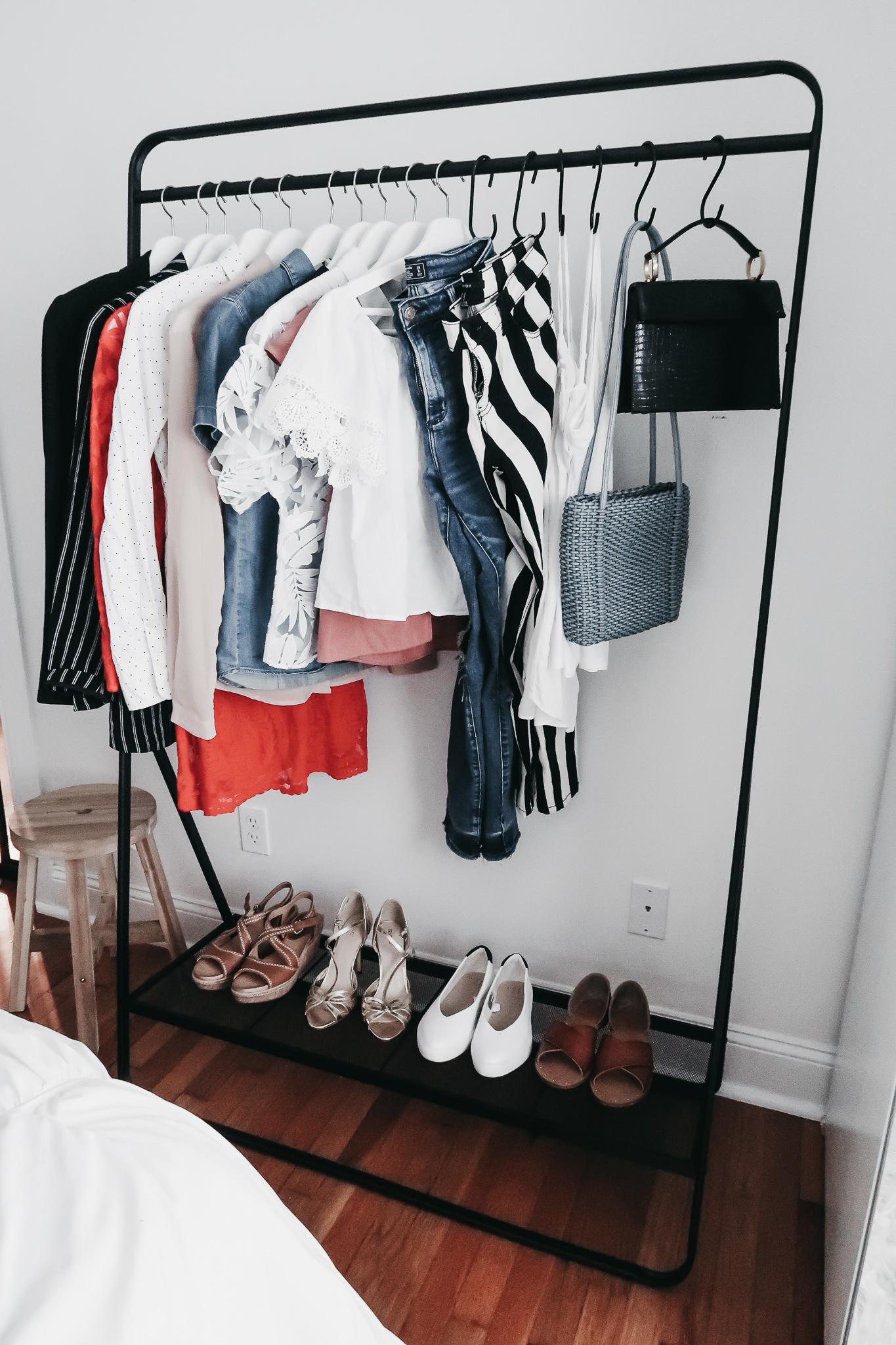 5 Reasons We Are Loving Garment Racks 1