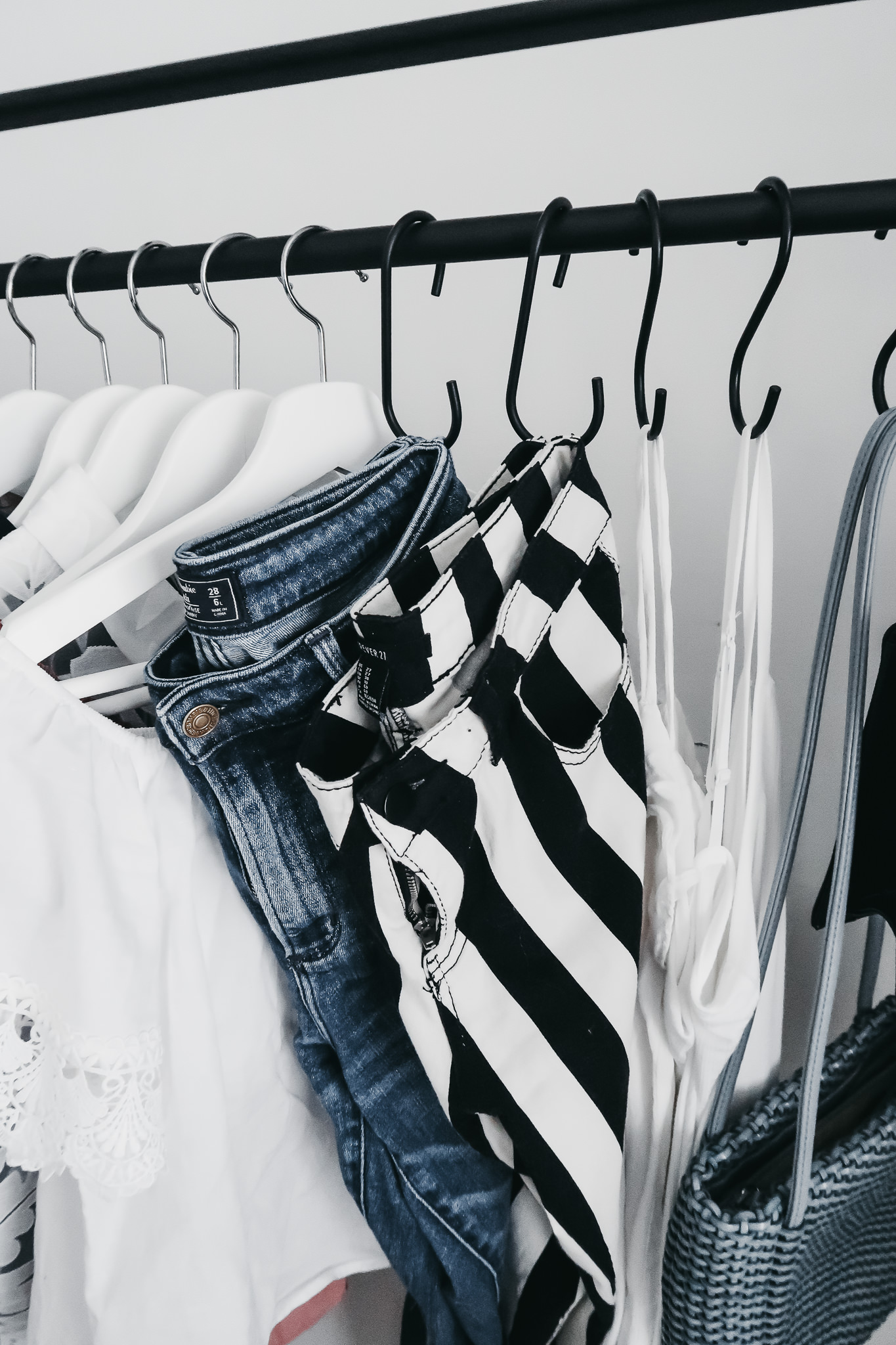 5 Reasons We Are Loving Garment Racks 2